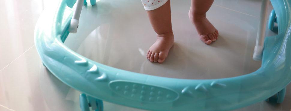 Importância de engatinhar no progresso do bebê